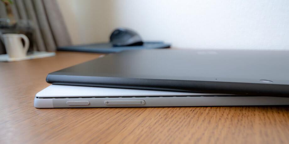 Surface Pro X と Surface Pro 7 の筐体サイズ比較