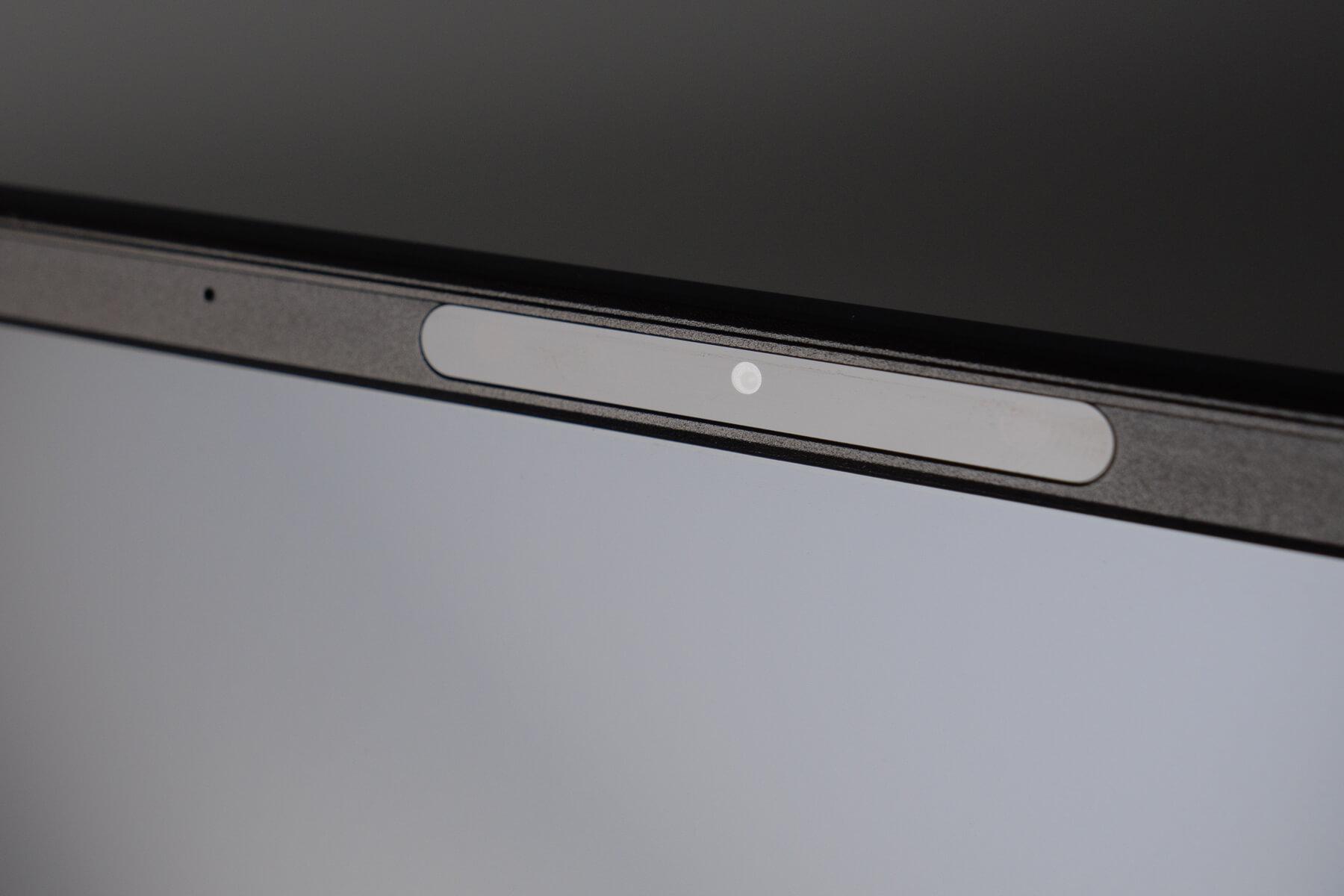 ZenBook 13 インカメラ