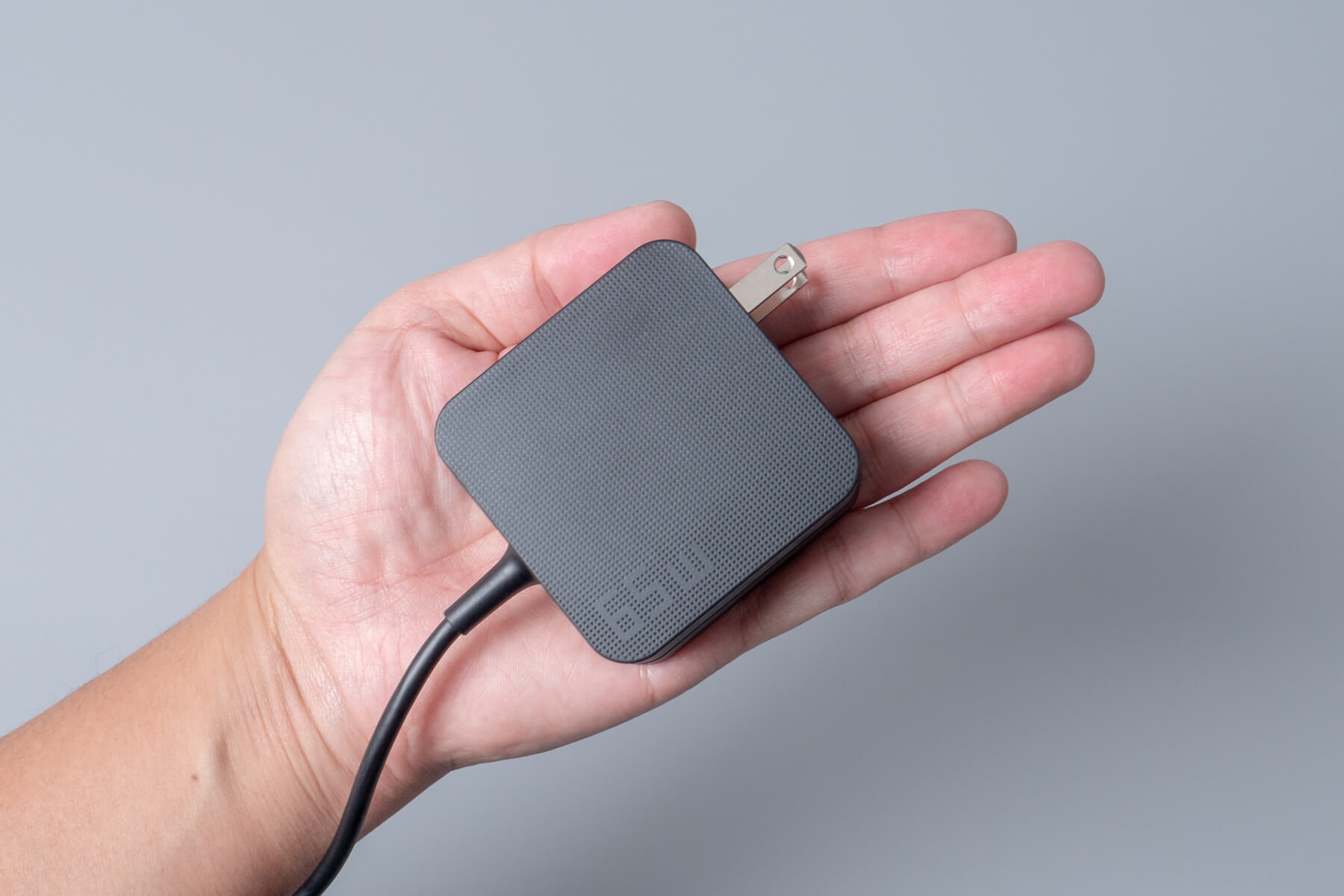 ASUS ZenBook 13 アダプター