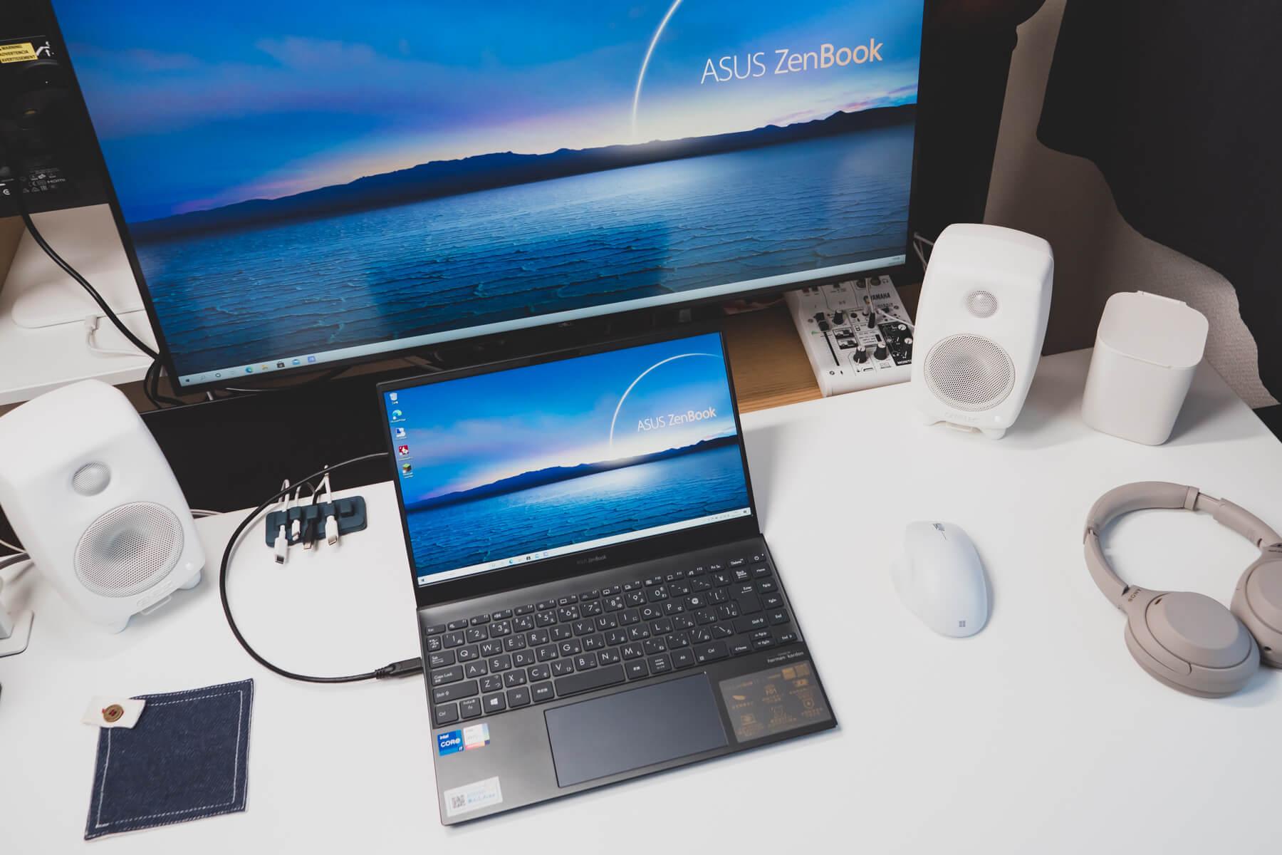 ZenBook 13 を USB-C 1本で外部モニターに出力