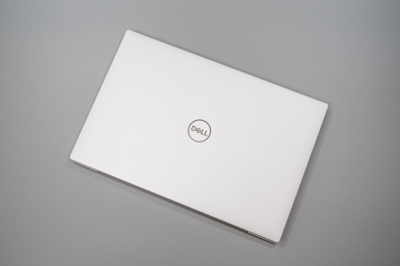 DELL XPS13 フロストの筐体
