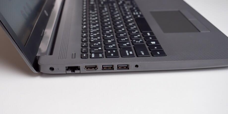 HP 250 G7 左側面の端子類