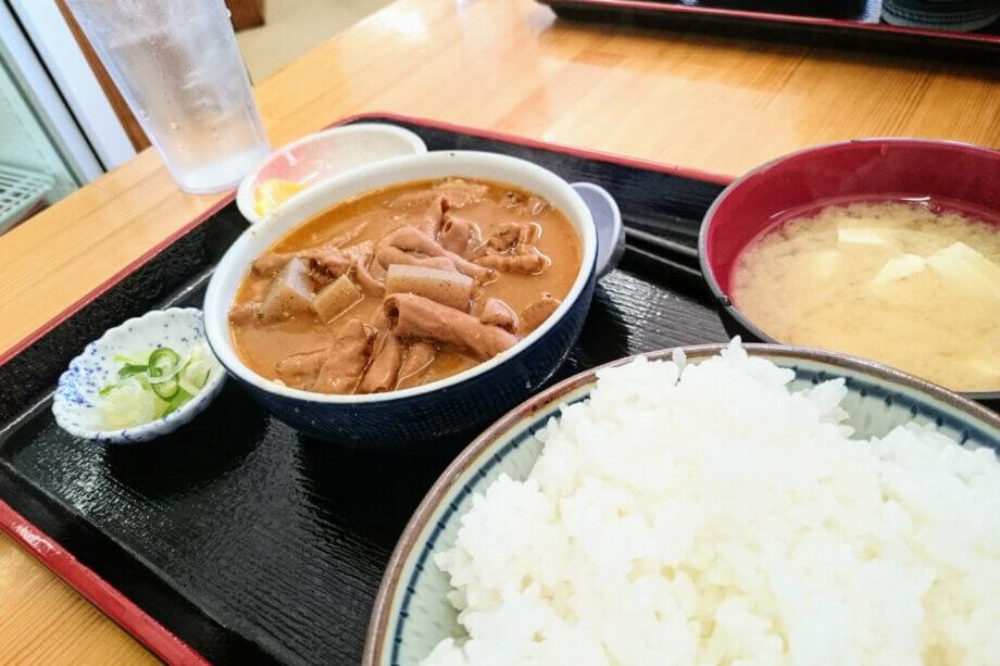 永井食堂もつ煮定食