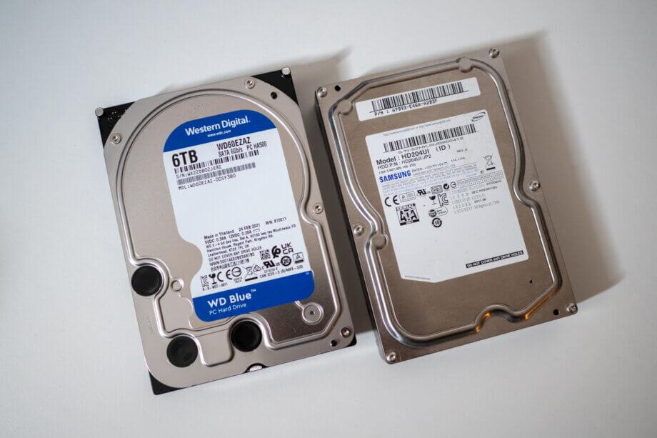新HDDと10年使った旧HDD