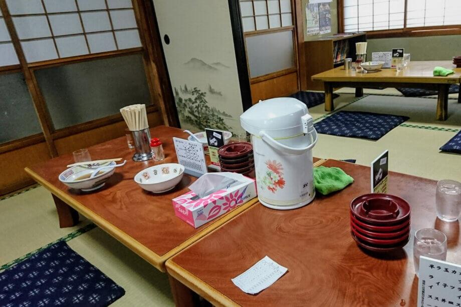 まこと食堂 内装は昔ながらの日本家屋