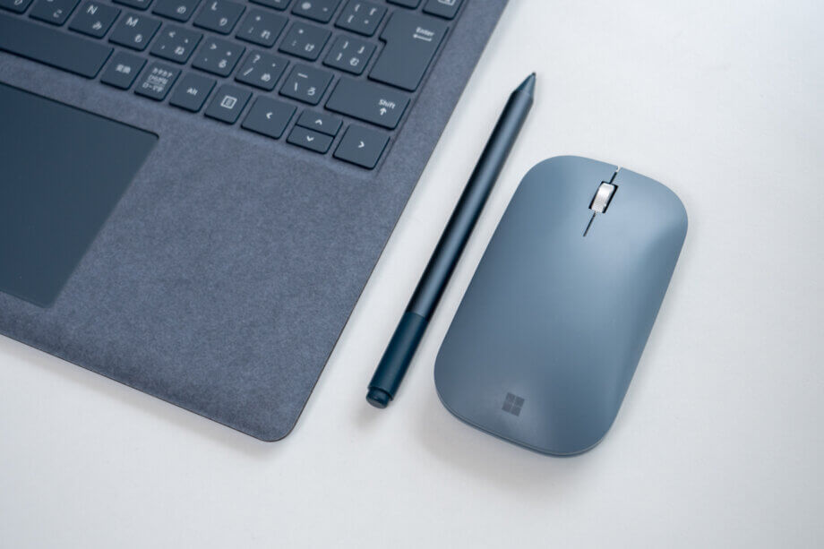 Surface Pen と Surface モバイルマウス