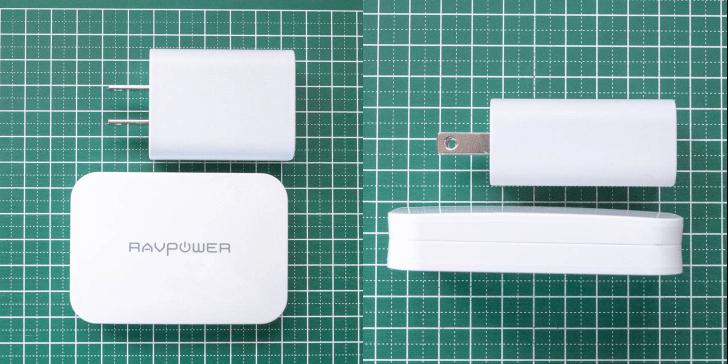 スマートフォン専用充電器とサイズを比較